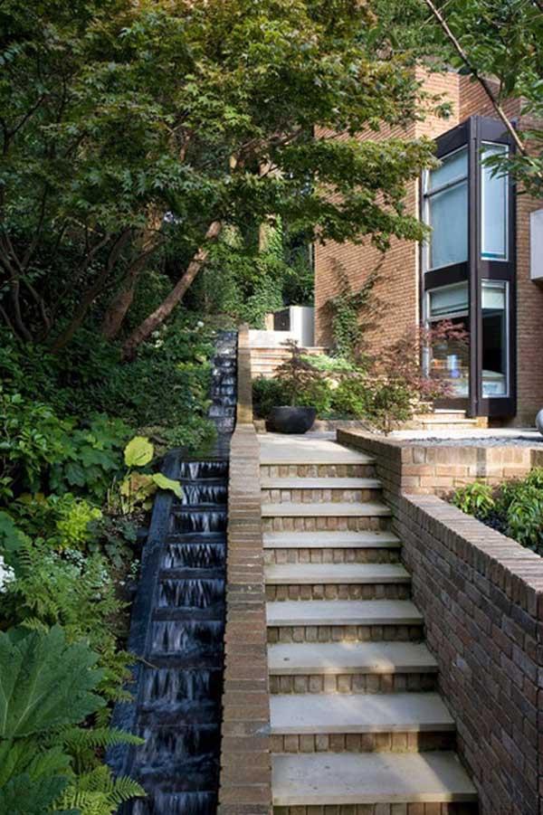 đài phun nước cầu thang