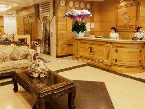 Chau Ho Diep Lon Nhieu Canh