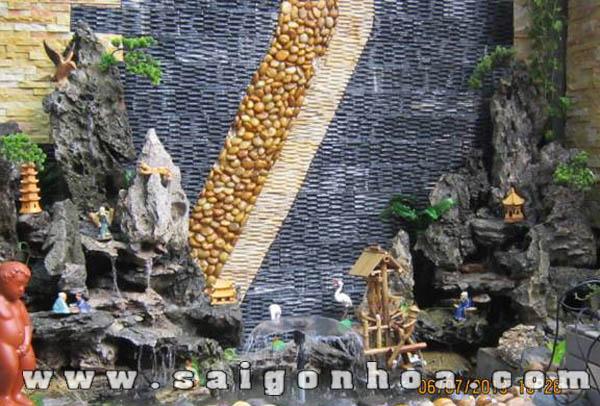 Hon Non Bo Voi Dai Phun Nuoc