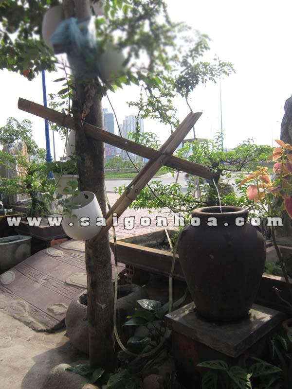 Tieu Canh Nuoc Ong Tre Va Lu Trang Tri Canh Quan