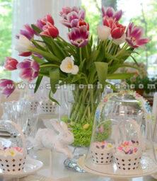 Hoa Tulip Trang Tri Ban An 1