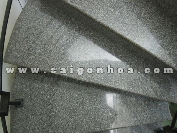 Cau Thang Op Da Granite Tim Mong Co