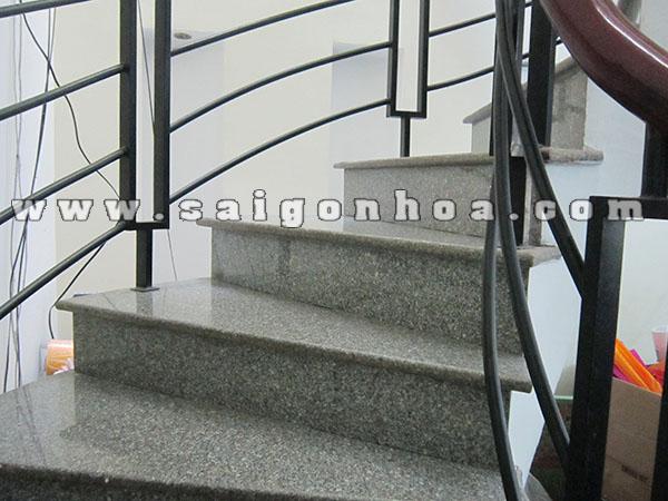 Da Granite Tim Mong Co Op Cau Thang