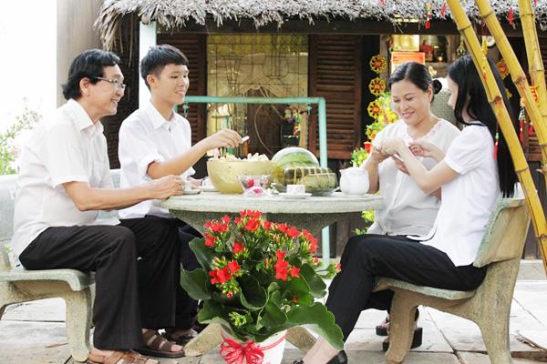 Hoa Song Doi Ngay Tet
