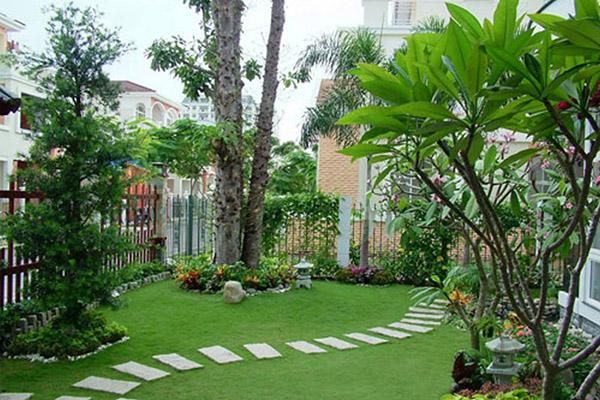 Tiết kiệm chi phí thi công sân vườn