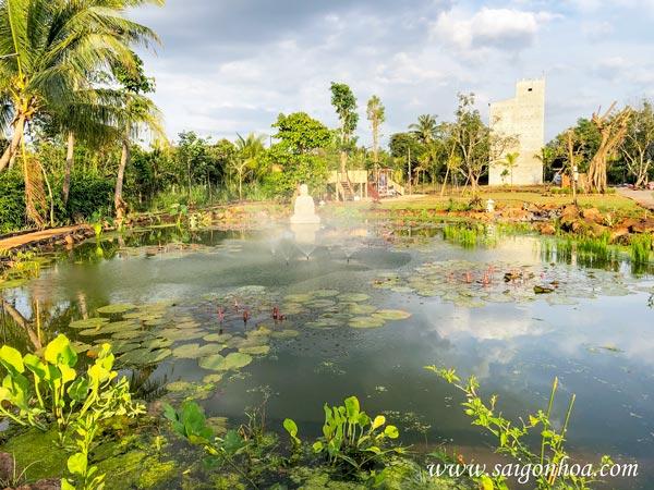 Xu Hướng Thiết Kế Thi Công Hồ Cá Sân Vườn Biệt Thự